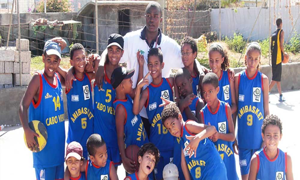 Amibasket comemora 15º aniversário com torneio internacional de mini-basket