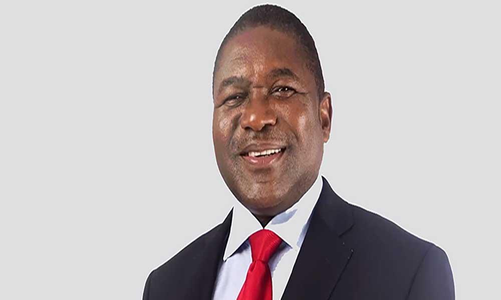 Moçambique/eleições: Candidato da FRELIMO mantém liderança