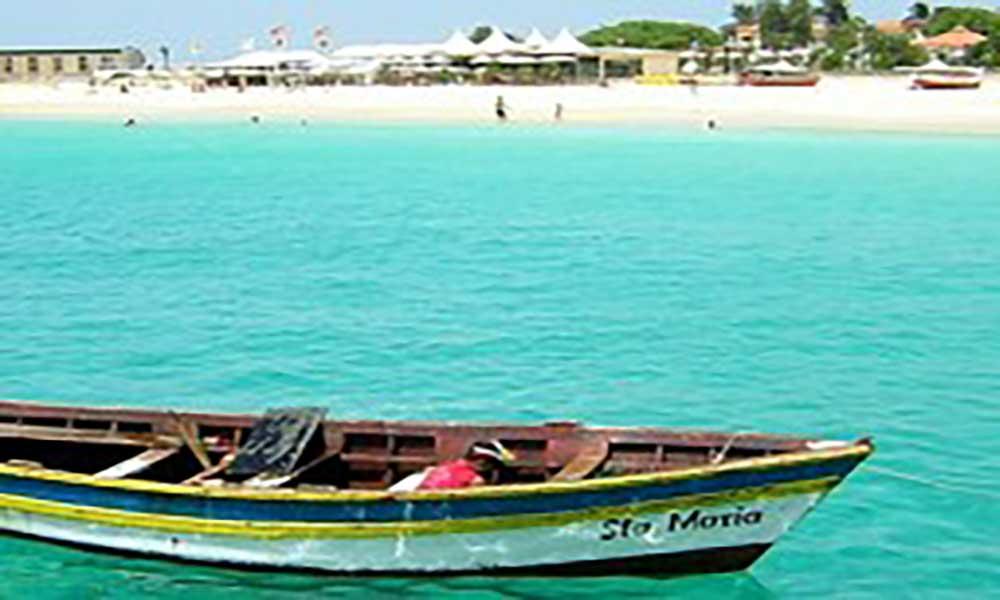 O turismo cabo-verdiano faz-se de mulheres