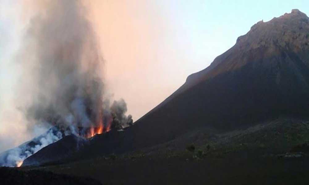 Erupção do Vulcão do Fogo: 27ª desde 1500 e a 11ª no interior dacaldeira