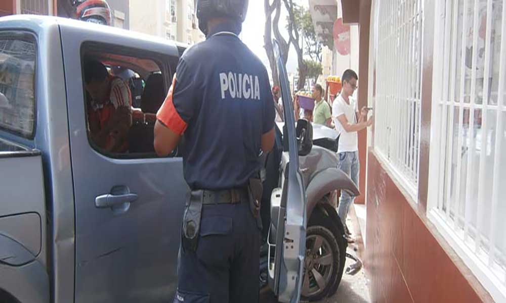 São Vicente: Acidente provoca dois feridos na rua Baltazar Lopes