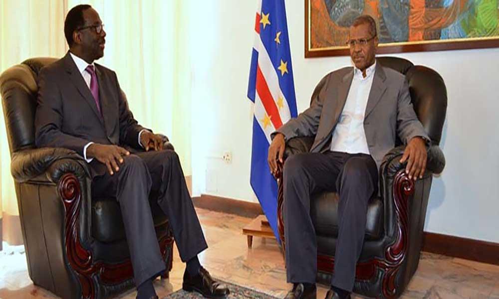 Embaixador do Senegal congratula-se com medida para legalização de estrangeiros
