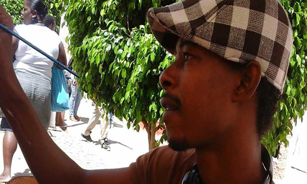 Artista plástico Dudu Rodrigues encontrado morto em casa