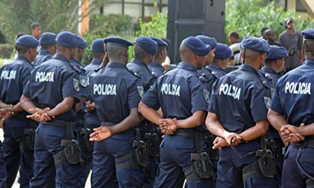 Governo condecora Polícia Nacional