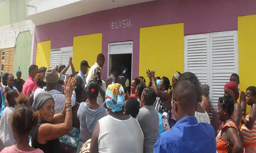Maio: Famílias recebem casas da Operação Esperança