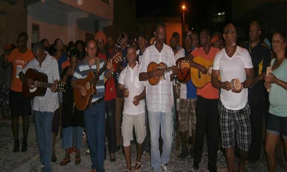 São Vicente: Serenata movimenta centenas de moradores de Chã de Alecrim