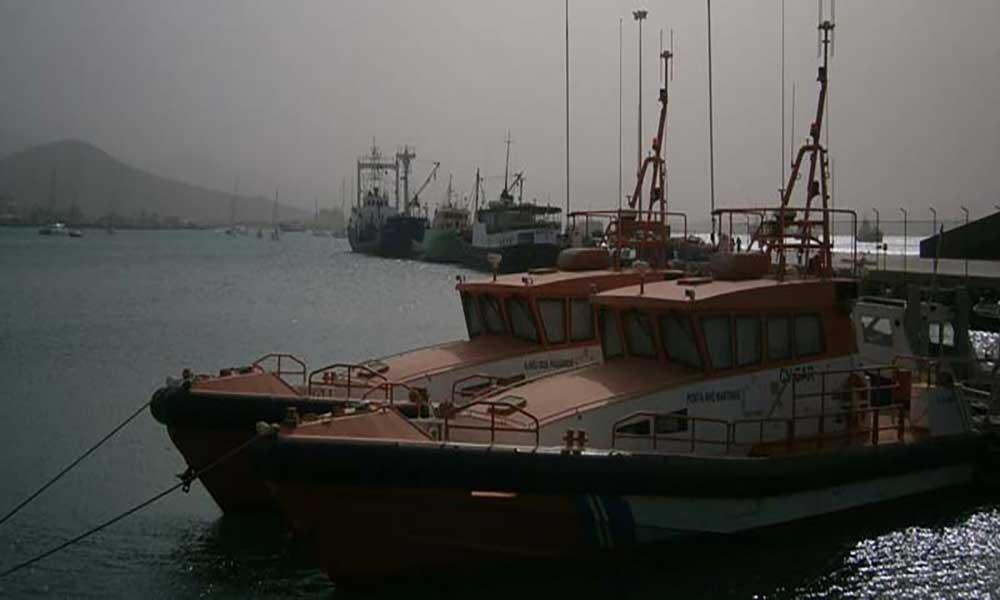 """Barcos de salvamento """"dormem"""" no porto sem condições para operar"""