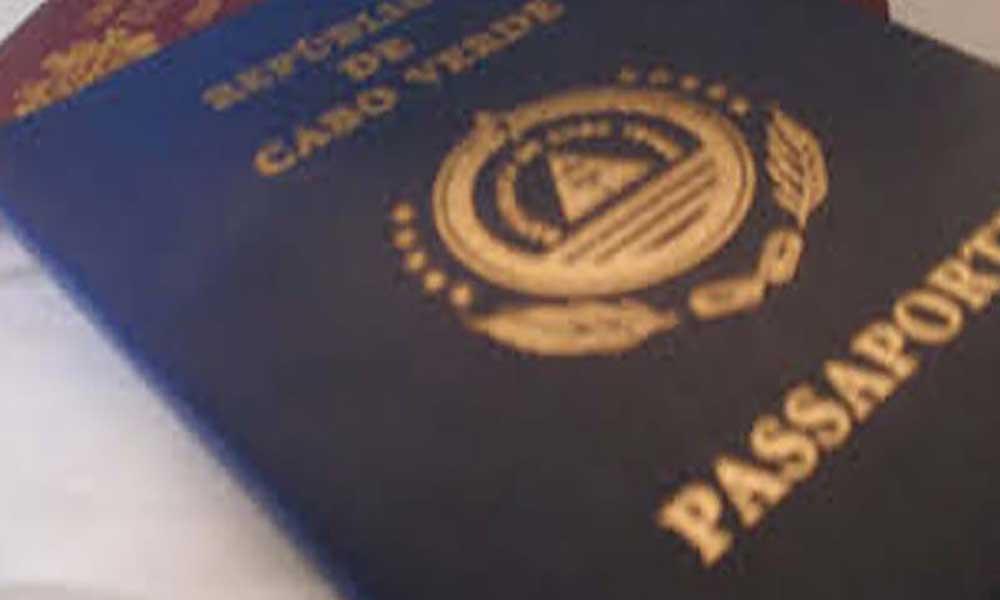 Utentes sem passaportes urgentes