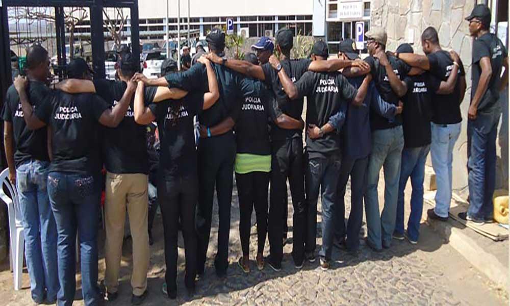 Funcionários da PJ suspendem o pré-aviso de greve para os dias 20 e 21 de Maio