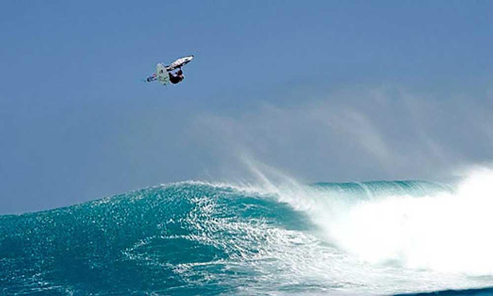Ponta Preta acolhe arranque do American Windsurfing Tour