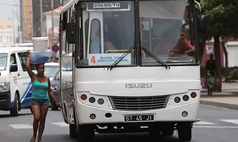 ARE fixa novas tarifas dos transportes colectivos urbanos de passageiros