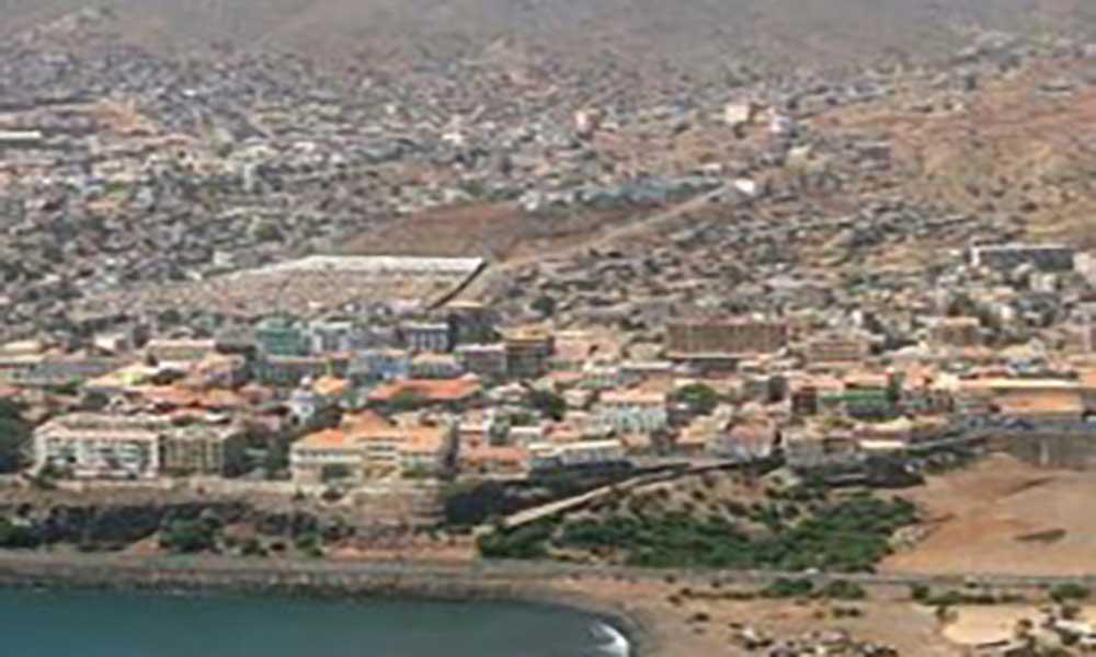 Câmara Municipal da Praia e Instituto Cabo-verdiano da Criança e do Adolescente assinam protocolo de cooperacção