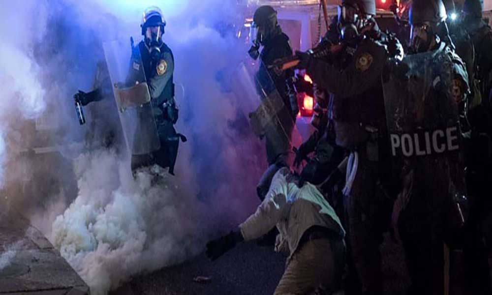 Organização policial e judicial de Ferguson é racista