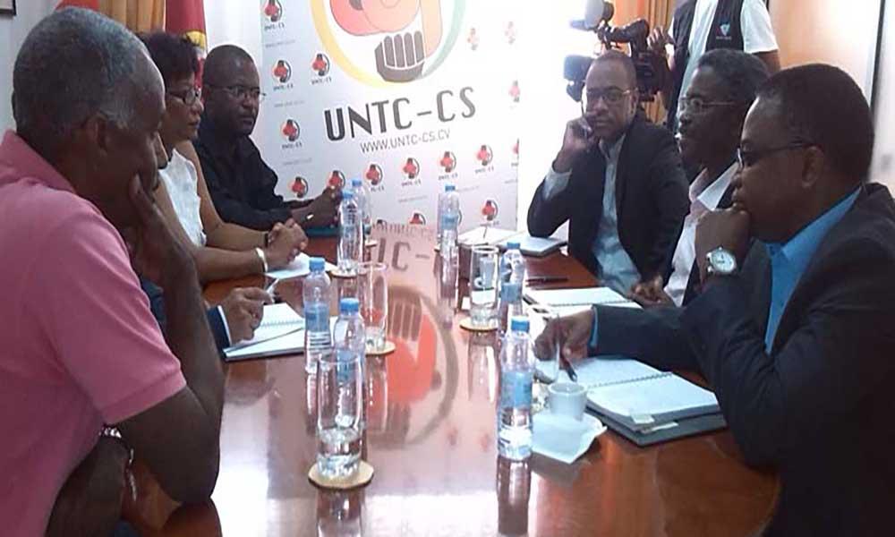 Conselho executivo do INPS faz primeira visita aos sindicatos