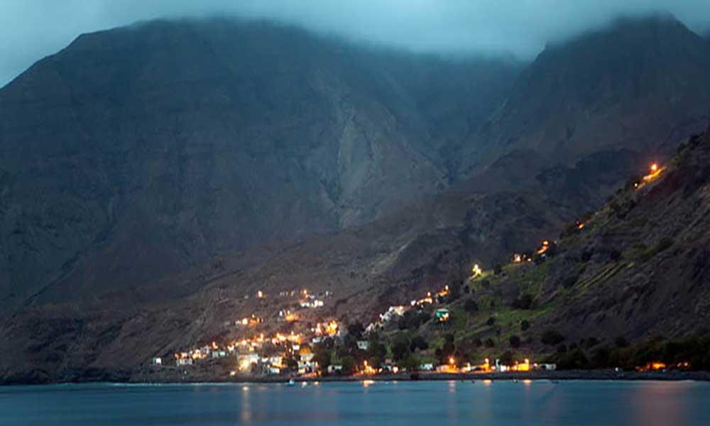 Santo Antão: Tarrafal de Monte Trigo com energia eléctrica 24 horas