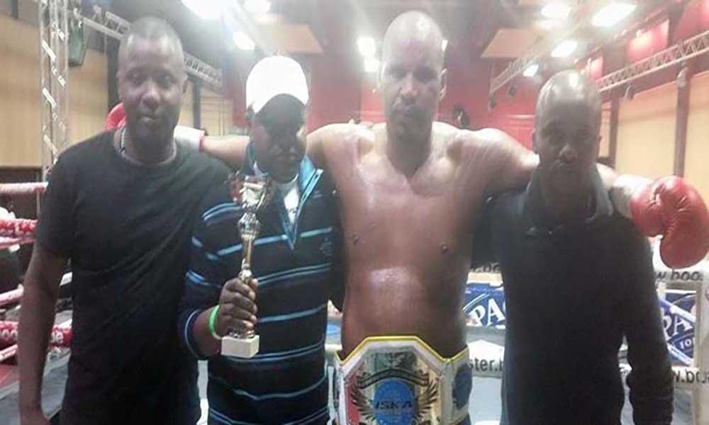"Eduardo ""Dau"" Mendes vence título Intercontinental de Kickboxing"