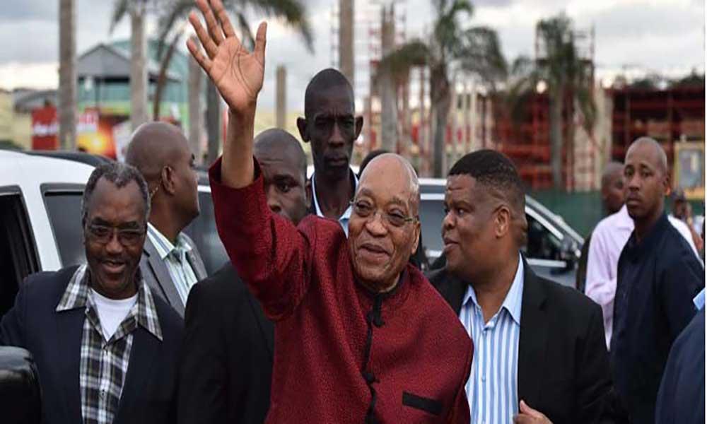 Presidente da África do Sul apela aos estrangeiros para ficarem no país