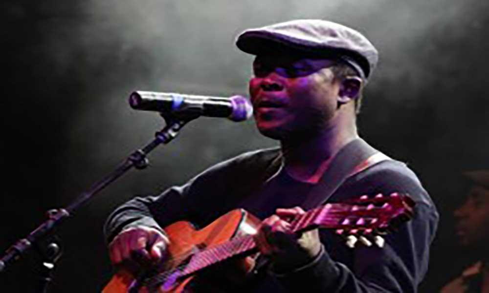 Tibau Tavares lança primeiro disco a solo na Alemanha