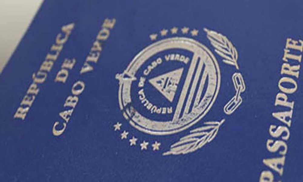 Emissão de passaporte electrónico: NOSI à espera do Governo