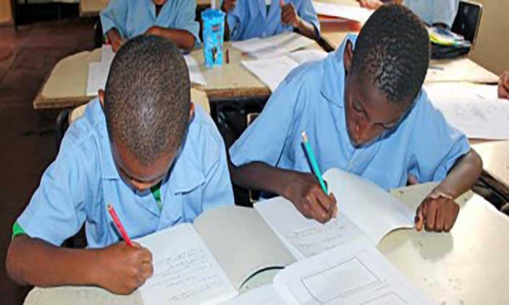 Ensino do Mandarim será alargado aos alunos do 10º ano – delegado do ME na Praia