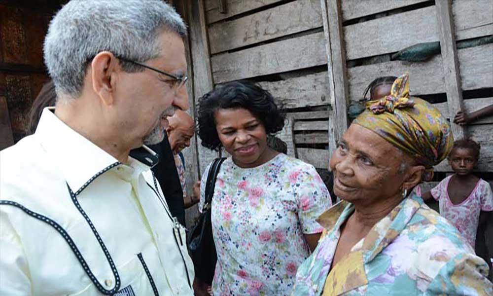 """Jorge Carlos Fonseca recebido """"calorosamente"""" por cabo-verdianos nas roças de São Tomé e Príncipe"""