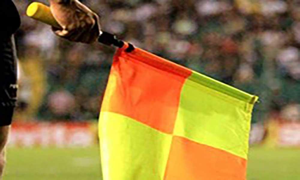 Futebol: Quarteto de arbitragem nacional dirige partida da Taça das Confederações africanas
