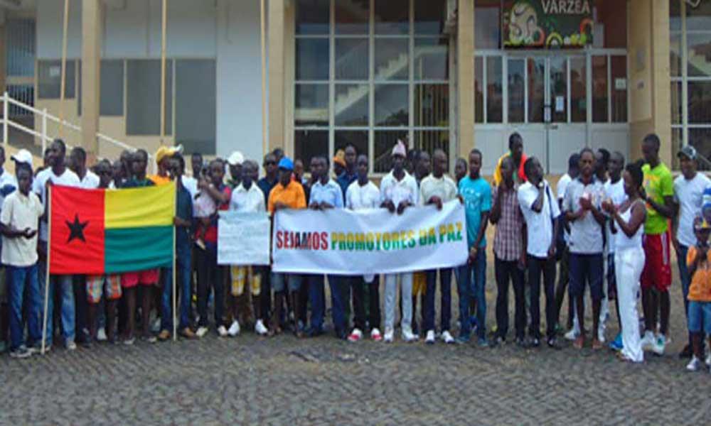 Comunidade guineense residente em Cabo Verde teme que situação se agrave para crise militar