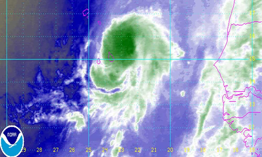 """Cabo Verde sob alerta por causa da tempestade tropical """"Fred"""" que está mover-se em direcção às ilhas"""