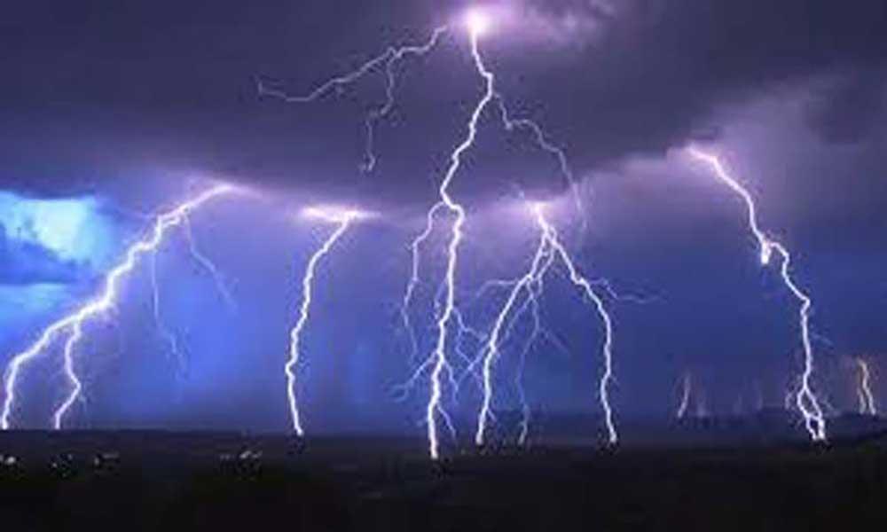 Tempestade tropical Lee forma-se a 790 milhas a sudoeste de Cabo Verde