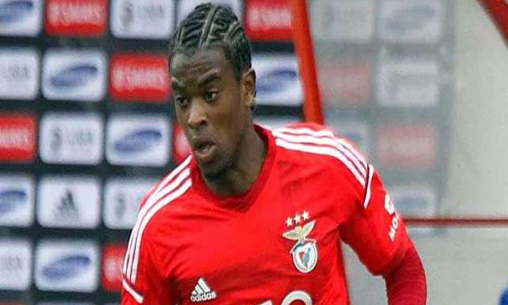 Futebol: Federação quer trazer Nelson Semedo (Benfica) para a selecção de Cabo Verde