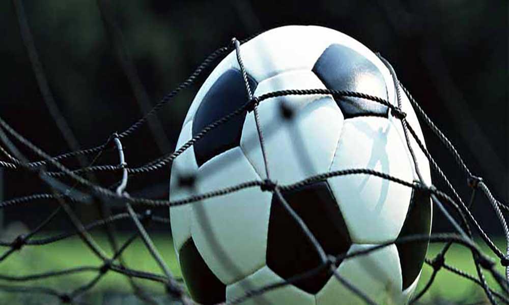 Futebol: Onze Unidos isola-se na liderança do campeonato regional do Maio