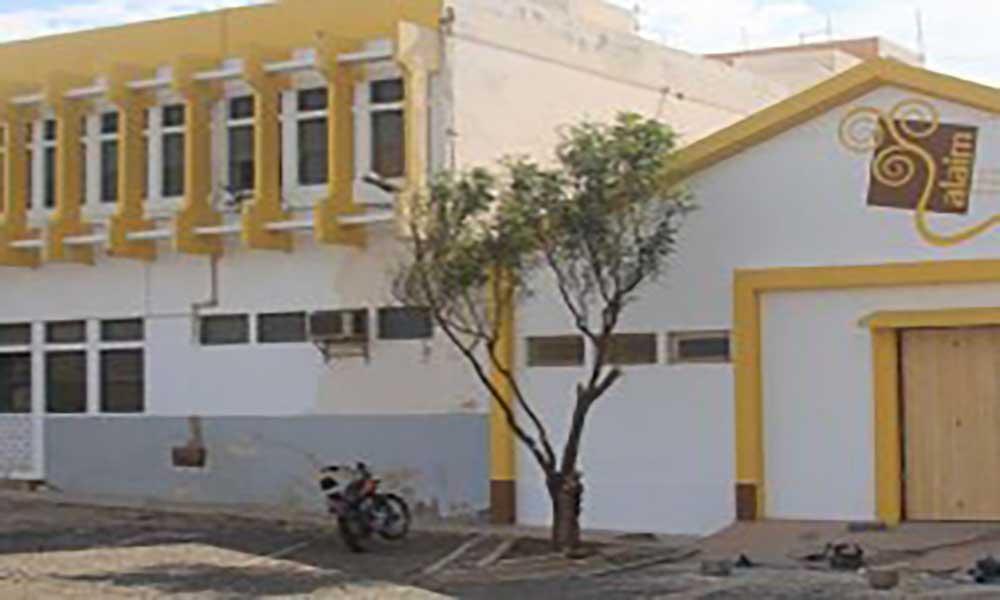 Escola privada portuguesa nasce em São Vicente
