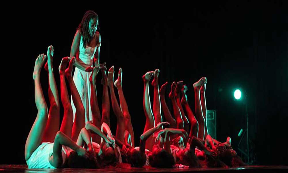 """Público aplaude de pé """"Noite de vento"""" do Cabo Verde Ballet"""