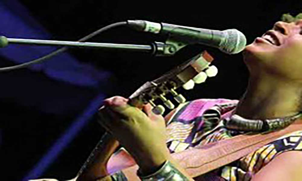 Grammys Latinos são hoje: Sara Tavares mostra-se tranquila