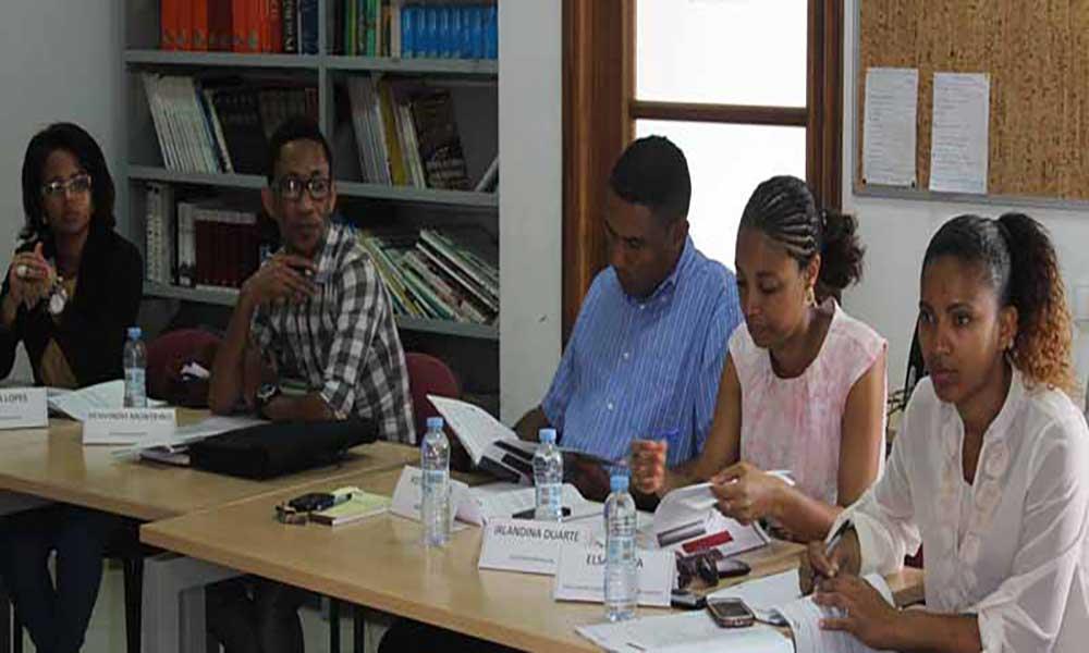 """Câmara Municipal da Boa Vista capacita funcionários na """"Liderança e Gestão de Equipas"""""""