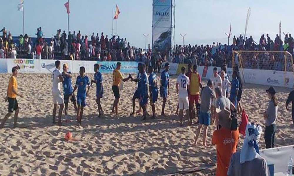 """Cabo Verde goleado pela Inglaterra no arranque do """"Sal Beach Soccer"""""""