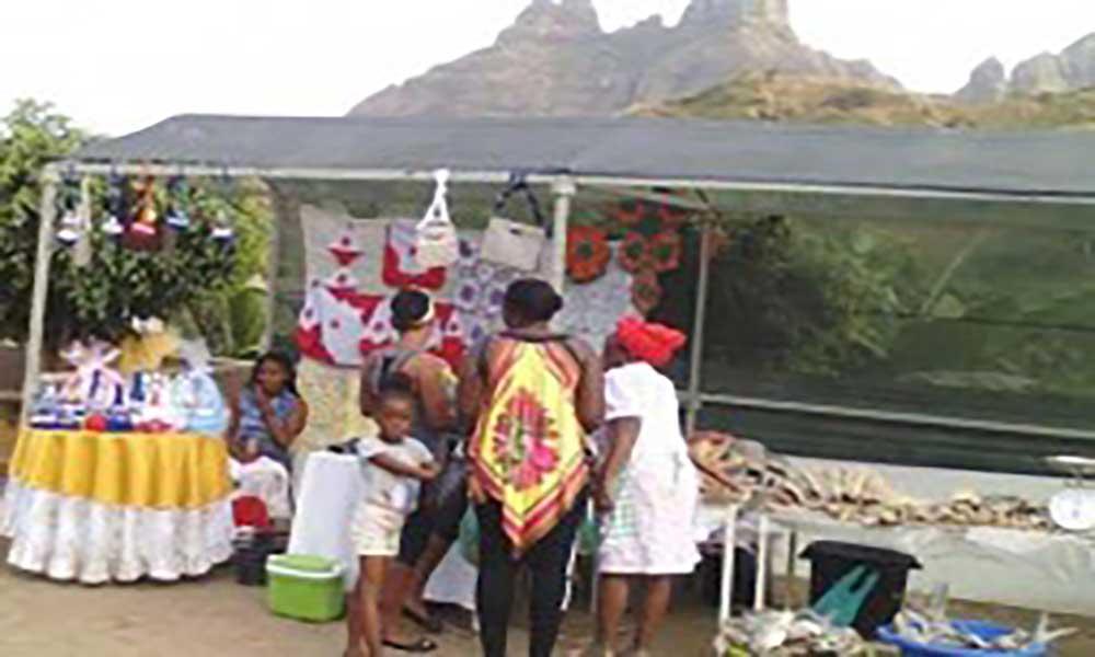 São Lourenço dos Órgãos: Feira agro-ecológica marca festas de 'Nho São Jorge Cavaleiro'