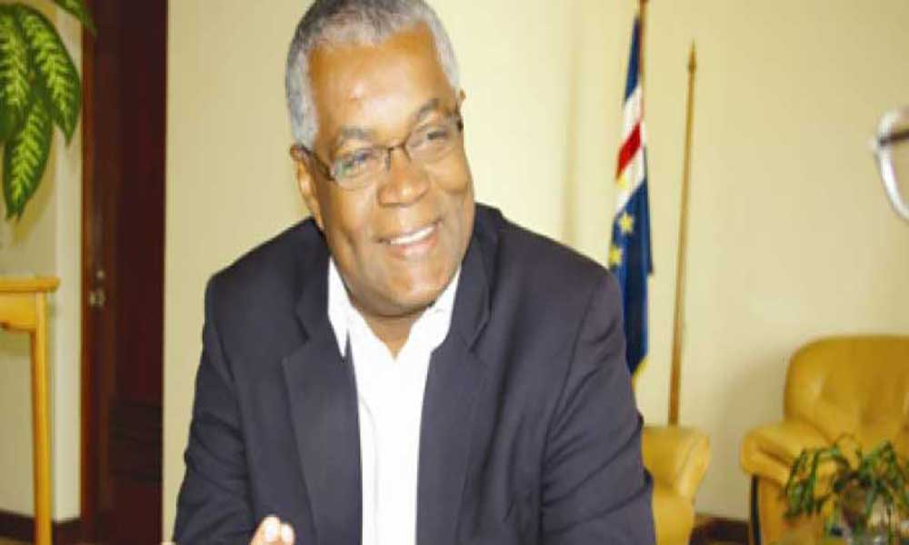 """Porto Novo: Jorge Santos preside cerimónia de apresentação de """"O Megafone do poder"""""""