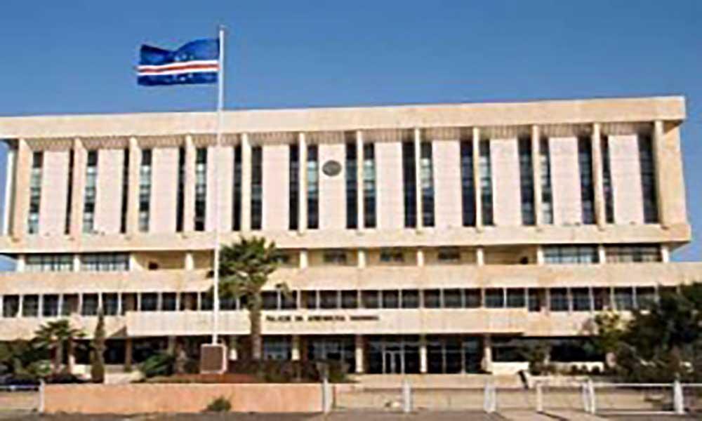 PAICV quer que política do Governo sobre a habitação seja discutida já na sessão parlamentar deste mês
