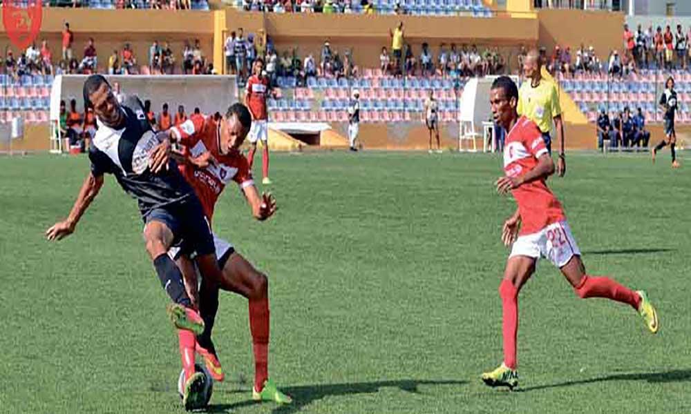 Nacional de futebol: Ultramarina, Mindelense e Académica do Porto Novo qualificam-se para as meias-finais