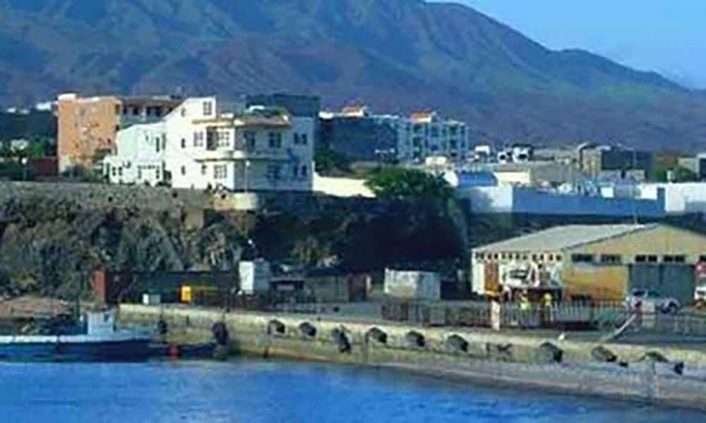 Autoridades discutem redução do preço de água no Porto Novo – o mais elevado em Cabo Verde