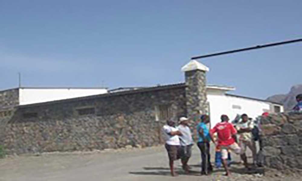 """Santo Antão: Interesse de investidores na indústria de pozolanas deixa """"aliviados"""" os porto-novenses"""