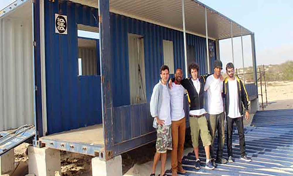 Casas em contentores 100% sustentáveis: Protótipo em construção em Sal-Rei