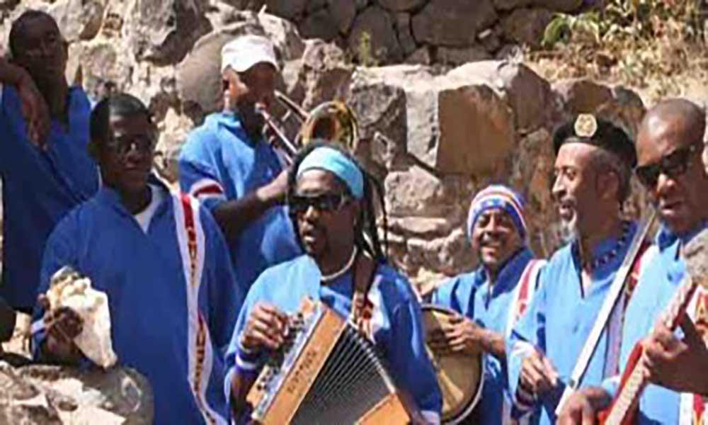 Grupo musical Ferro Gaita comemora 20 anos de existência