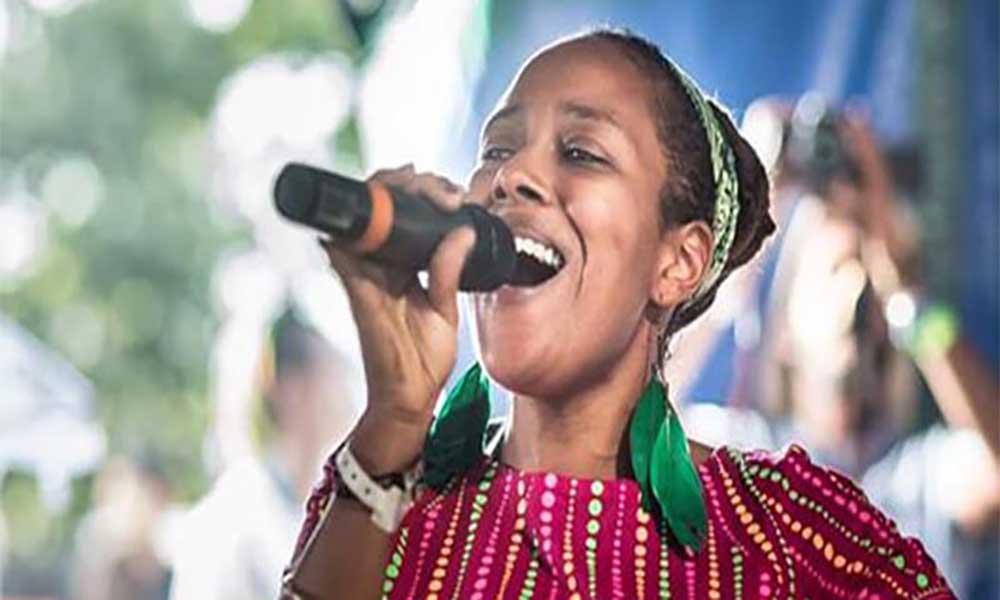 """""""Diva do Reggae crioulo"""" leva pelo segundo ano consecutivo o """"Spring Tour"""" à Europa em 2017"""