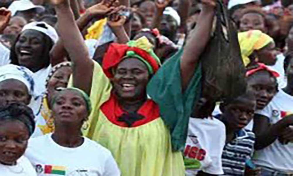 Guiné-Bissau: União Europeia sugere legislativas em 2018