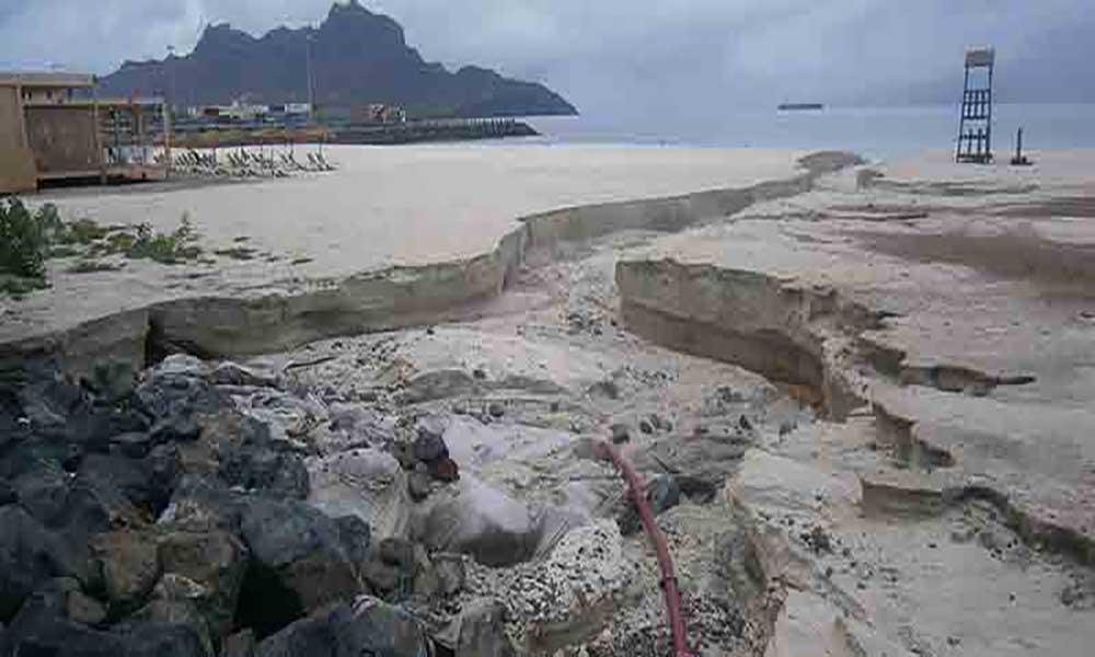 Chuva causa estragos em São Vicente, principalmente na Laginha