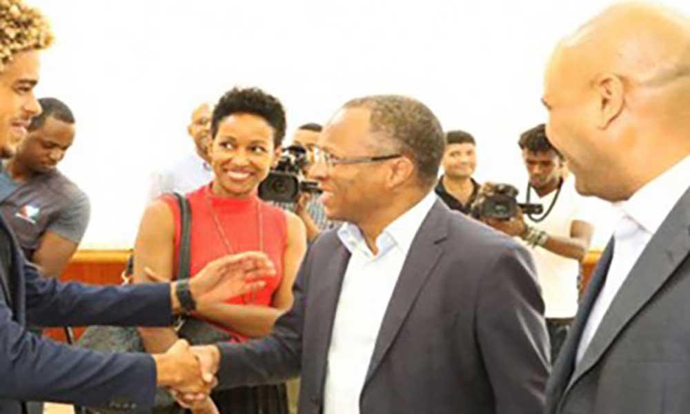 """PM: """"A Vitória do kitesurfista do Matchu Lopes é uma grande satisfação para Cabo Verde"""""""