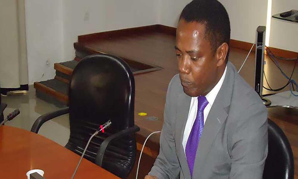 Ministro das Finanças no Sal para contacto com empresários da ilha