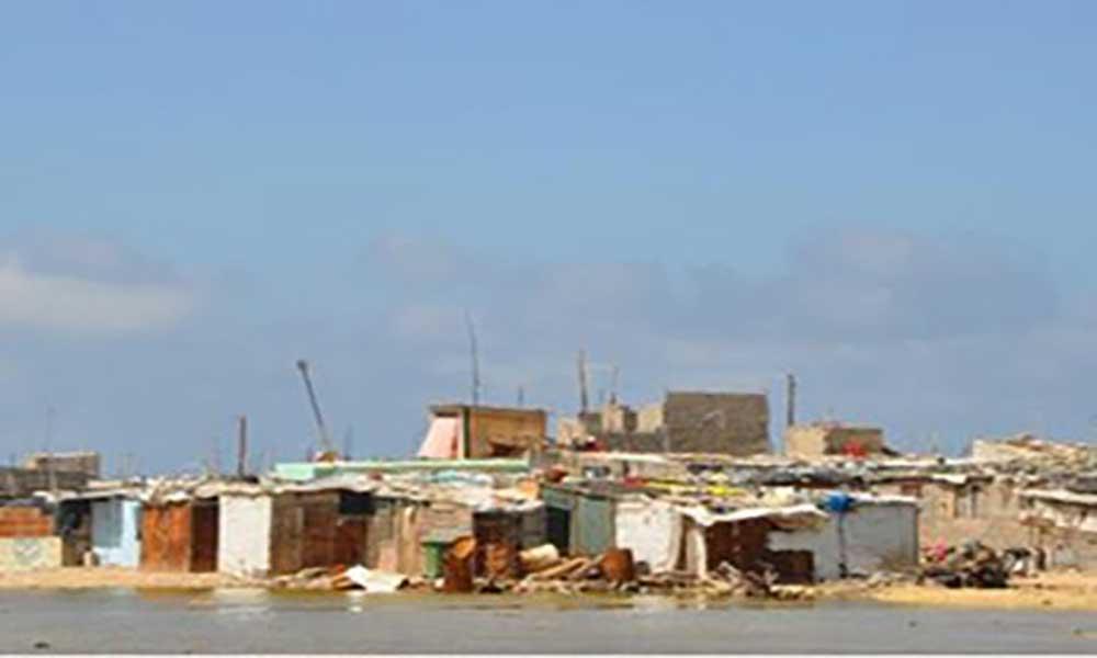 Embarcação com três cadáveres deu à costa na ilha do Sal